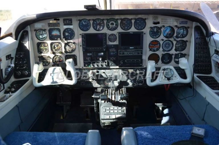 BEECHCRAFT B60 DUKE 1977