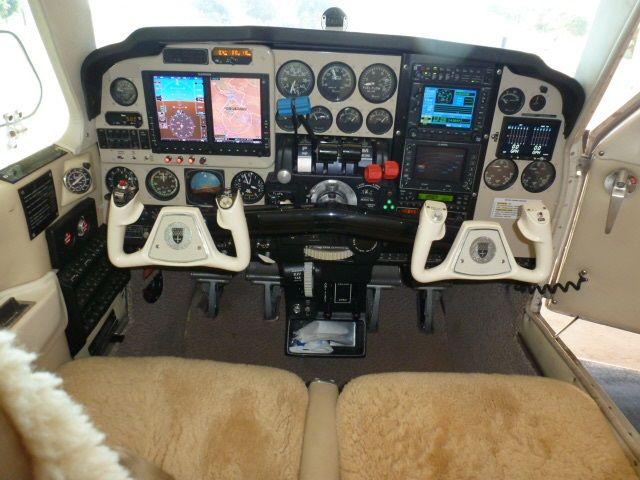 Beechcraft Baron B-58 1982