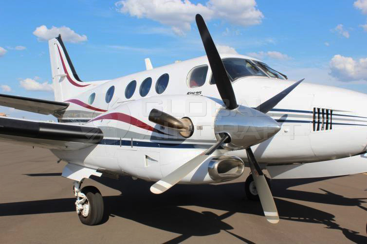 BEECHCRAFT KING AIR C90B 2002