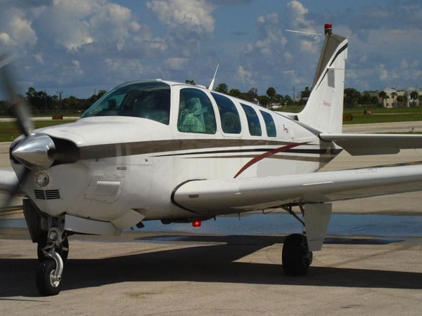 Beechcraft Bonanza A-36 1999