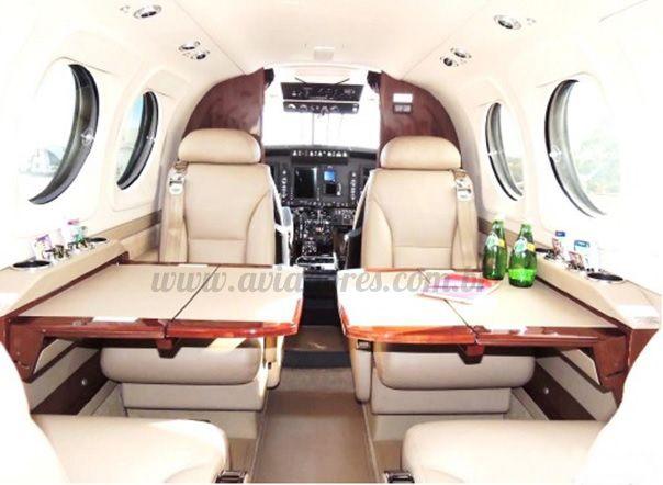 KING AIR C90 GTX 2015