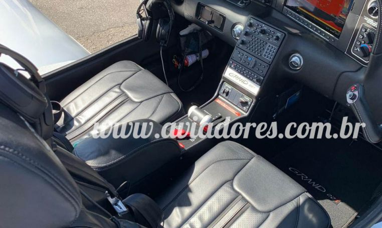 CIRRUS SR22T Turbo Grand 2015