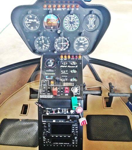 R44 Raven II 2011