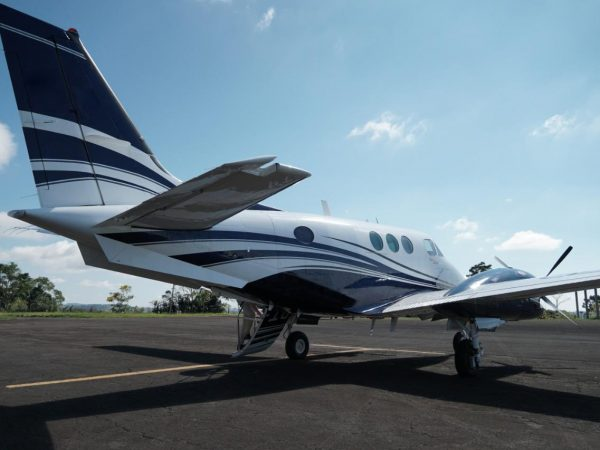 KING AIR C90A 1985 Compartilhado