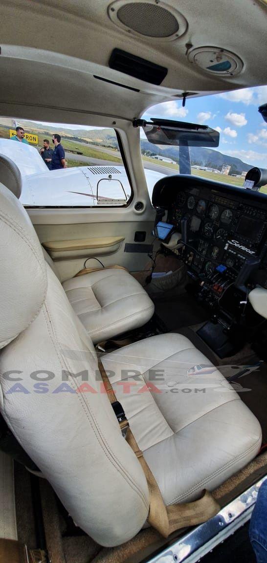 EMB-810D Seneca III 1989