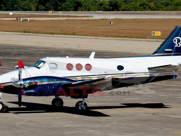 Beechcraft King Air C90B | Ano 1999